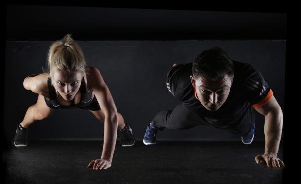 Cardio 4 minutos de entrenamiento aeróbico, para activar el metabolismo de manera segura y efectiva desde casa